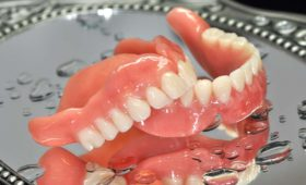 Individuelle Total Prothetik - Zahnkunstwerk